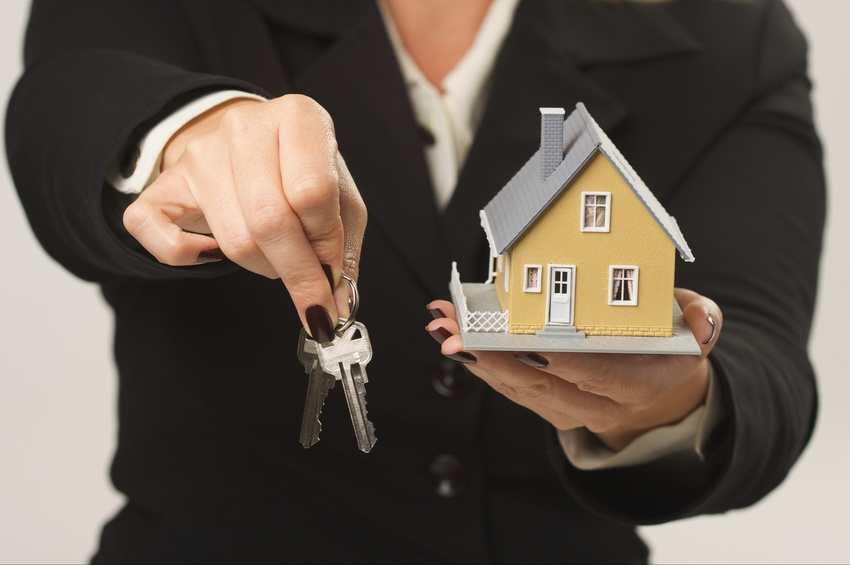 Why Hire Mortgage Brokers When Buying Houses