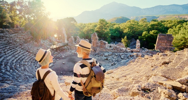 5 Travel Tips for Senior Citizens